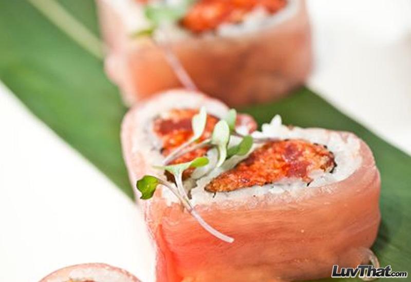 heart shaped sushi art