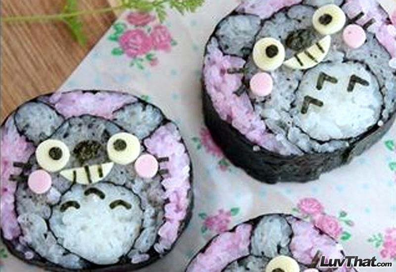 totoro sushi art